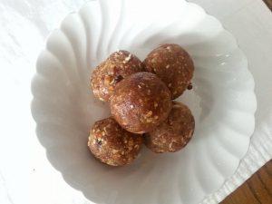 Raw Pecan Pie Cookies