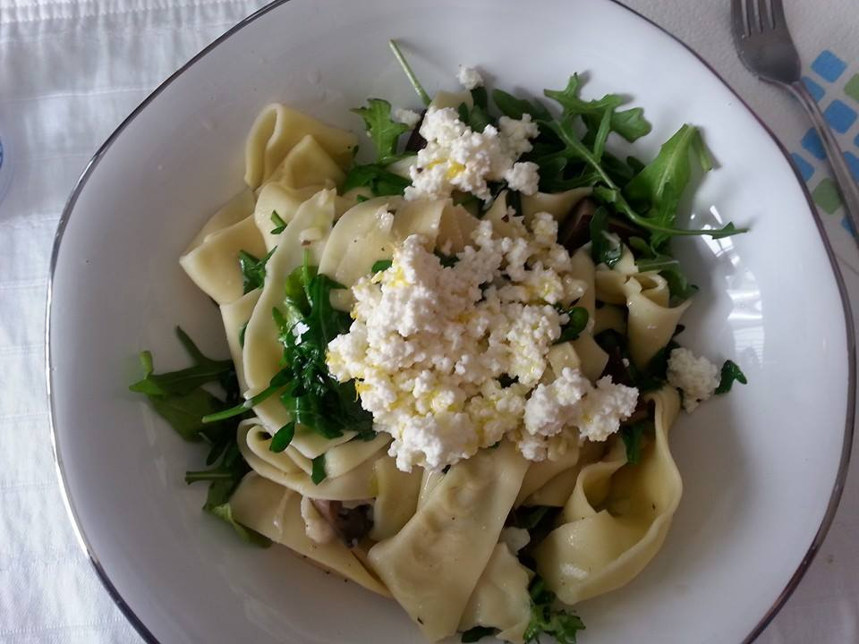 Ricotta over Pappardelle with Roasted Mushrooms and Arugula