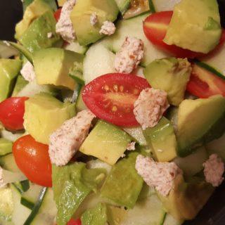 cuc tomato noodle salad